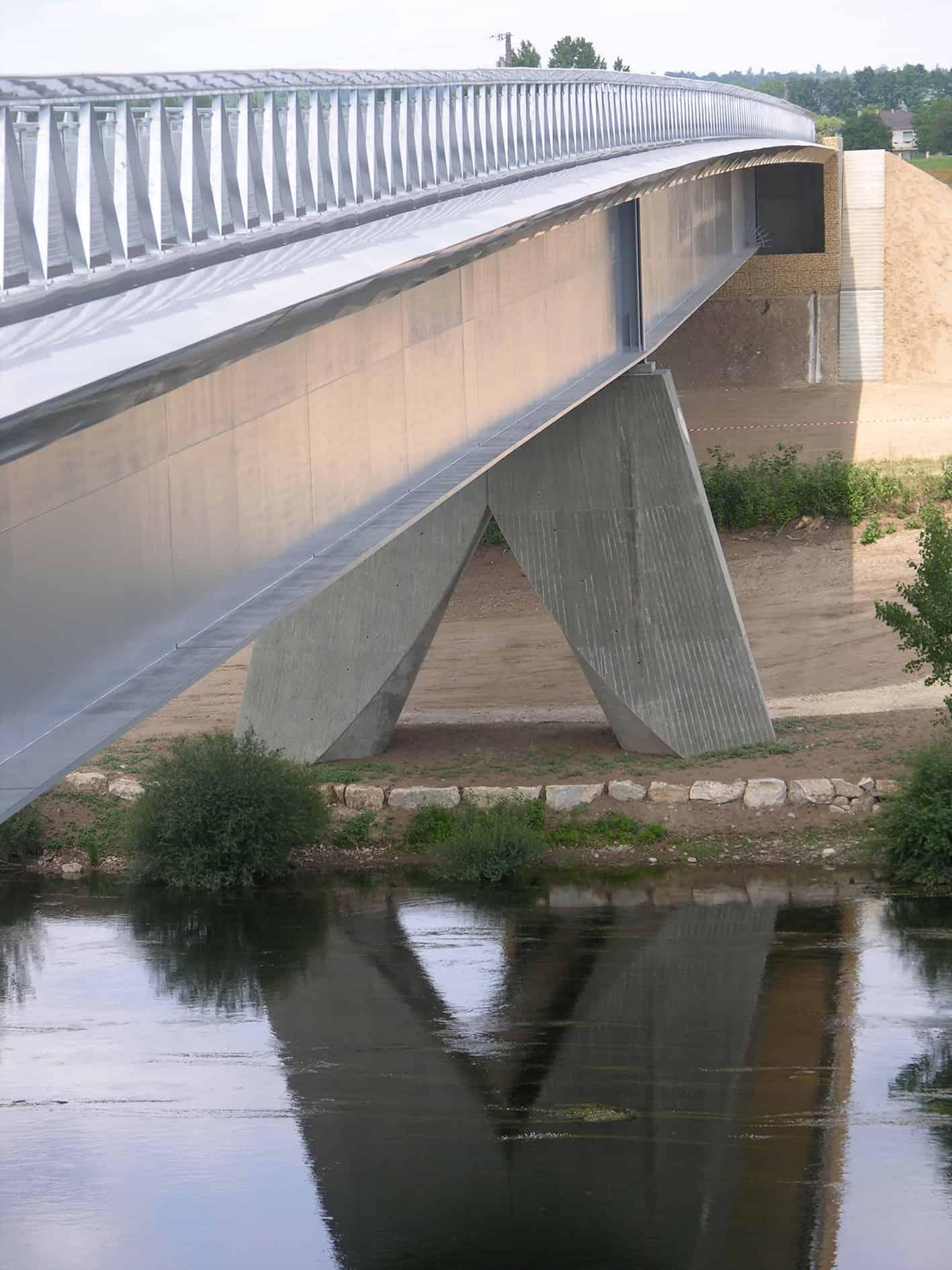 B+M Architecture - Bergerac-la lumière de la rivière