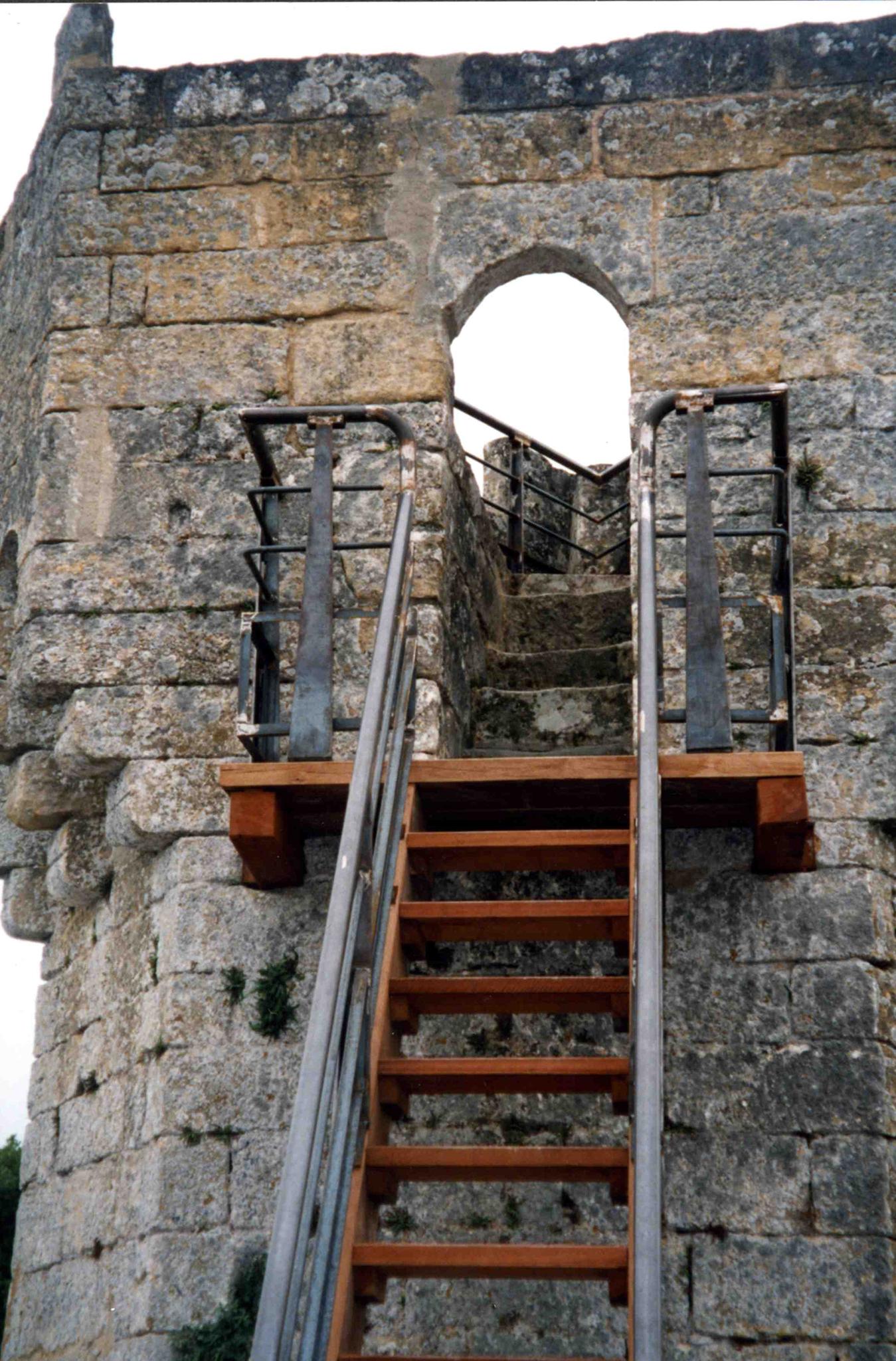 B+M Architecture - Accès à la tour