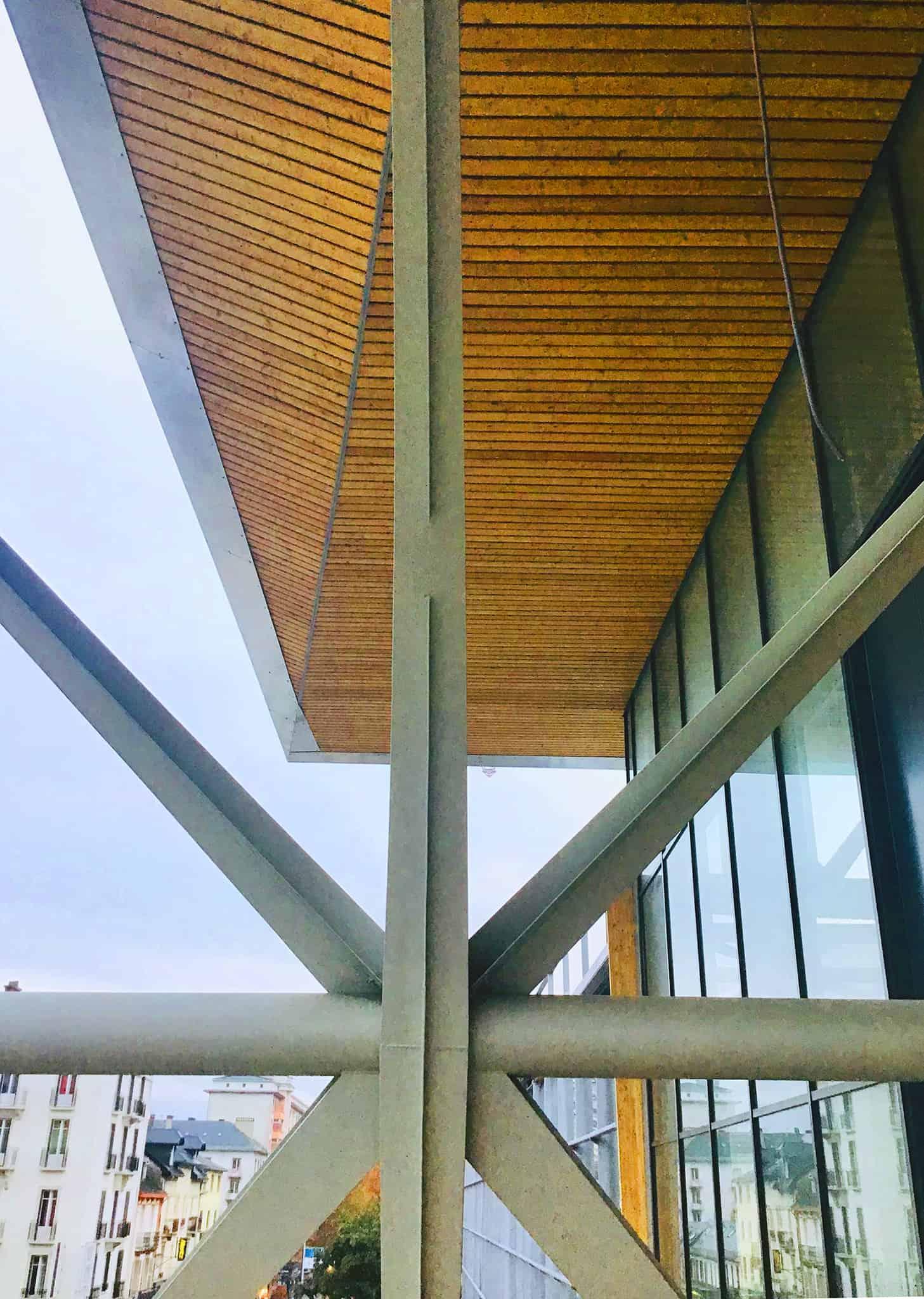 B+M Architecture - Détail de nœud de charpente