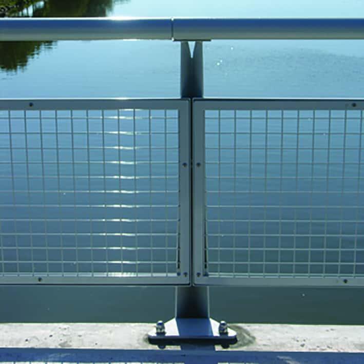 B+M Architecture - Garde-corps sur pont